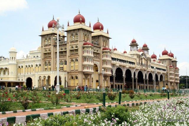 Mysore Palace | Best Palaces in Karnataka - IHPL